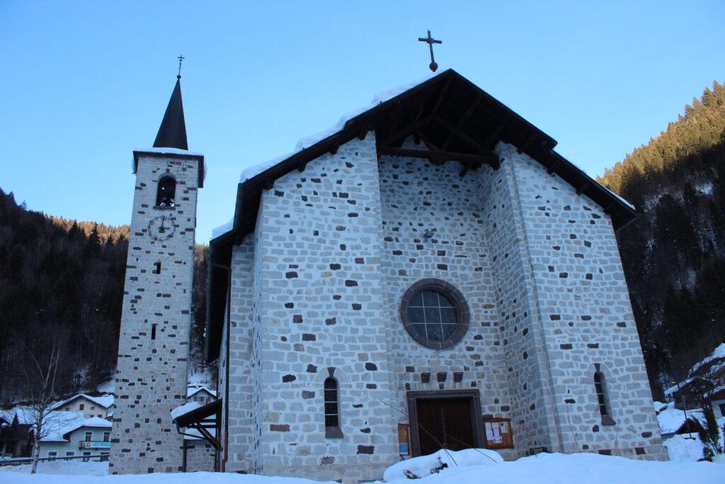 Chiesa di Caoria valle del Vanoi - San Giovanni Nepomuceno